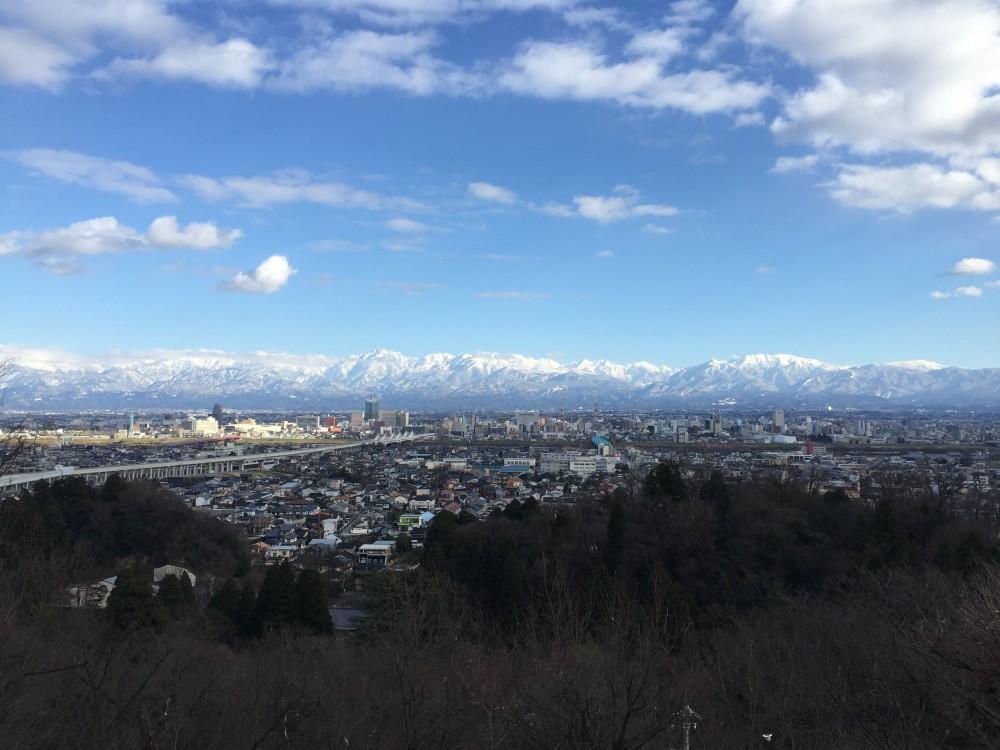 11 呉羽山公園展望台(富山市)